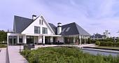 Villa in Zwaanshoek